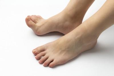 知らなかった、足の角質除去の大切さ。足元美人になるには?
